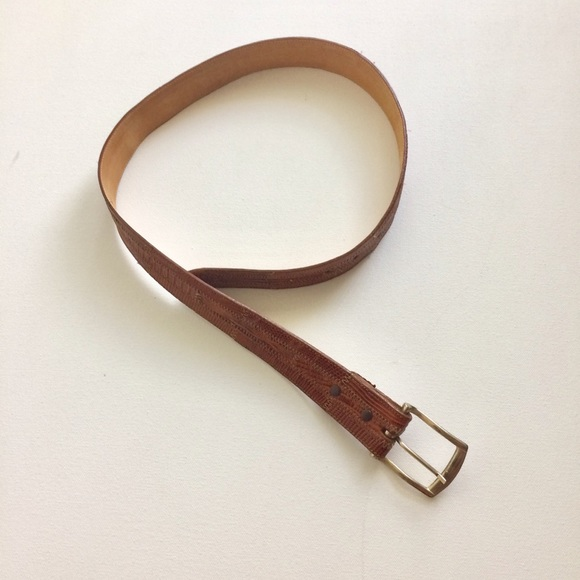 Kenneth Cole Other - Kenneth Cole Men's Tan Belt Size 32